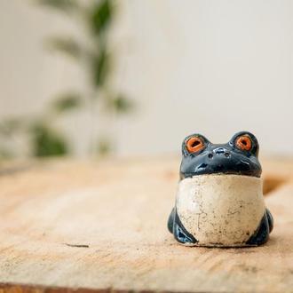 Керамический лягушонок ручной работы