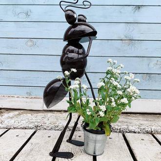 Декоративная фигурка для сада VITANDE Муравей с ведром 45 см черный (VAD-002)