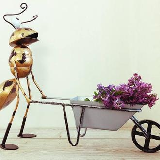 Декоративная фигурка для сада VITANDE Муравей с тачкой  45 см бронзовый (VAD-003)