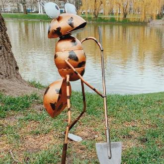 Декоративная фигурка для сада VITANDE Муравей с лопатой 45 см бронзовый (VAD-004)