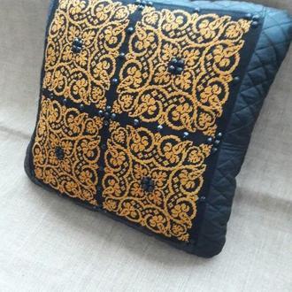 Декоративные наволочки,подушки.Ручная вышивка крестом.