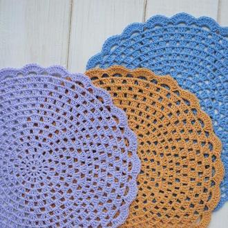 Подставки под горячее / Набор разноцветных салфеток вязаных крючком