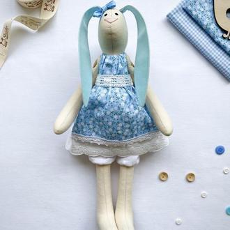 Зайчик Тільда в голубому платтячку