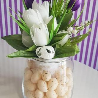 Букет с вазой и пасхальными яйцами