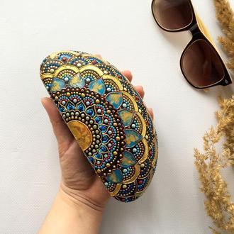 Футляр для солнцезащитных очков. Очечник с ручной росписью.