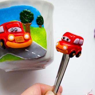 Чашка детская с машиной, ложка с машинкой из полимерной глины, декор кружки машинки, подарок ребенку