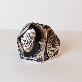 Сильный брутальный внушительный перстень большого размера из серебра с любым рисунком на любом языке