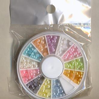 Полубусины светлые микс 3 мм жемчужные акрил, кабошоны в колесе органайзер