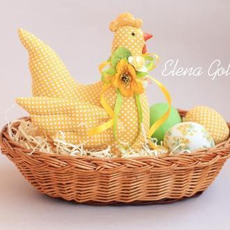 Набор пасхальный Курочка  желтая в горох и текстильные яйца