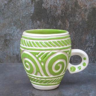 Горнятко керамічне різьблене біло-зелене