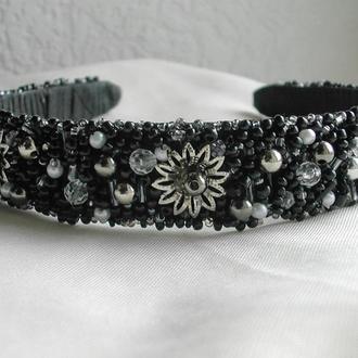 Черный обруч для волос с декором