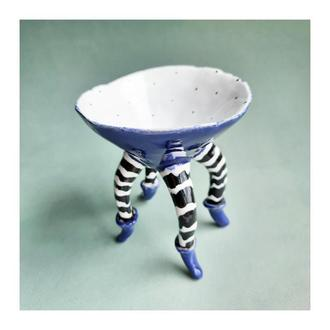 Керамическая пиала на ножках 150мл