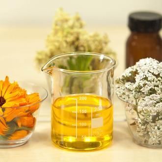 Масляные экстракты календулы, ромашки, масло листьев лавра, инфуз, мацерат