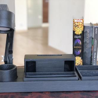Органайзер , пенал, светильник, рупор из дерева.