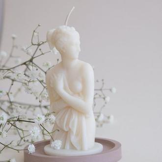 """Интерьерная соевая арома свеча женский торс """"Венера"""""""