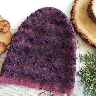 Шапка стильна валяна із шерсті з кучеряшками фіолетова