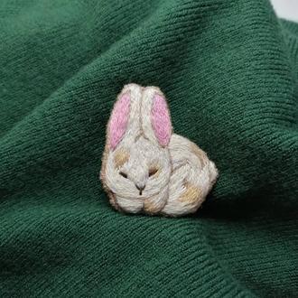 Брошь Кролик