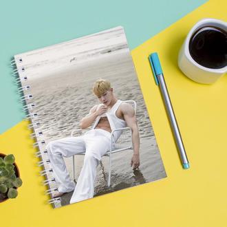Скетчбук Sketchbook для рисования с принтом Вонхо - Wonho