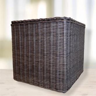 Плетёная коробка с крышкой