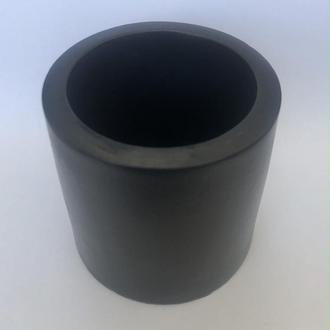 Гипсовый цилиндр черного цвета
