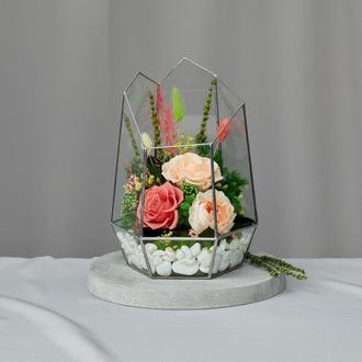 Флорариум-ваза «Коралловый жемчуг» с живыми стабилизированными цветами