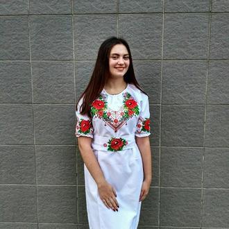 Сукня з маками