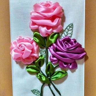Розы вышитые лентами разного цвета (картины, чехлы, саше, мешочки, для украшения одежды)