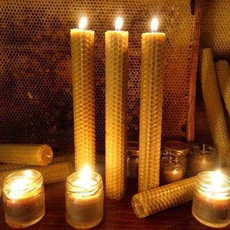 Свічки з натурального воску, литі загорнуті в вощину