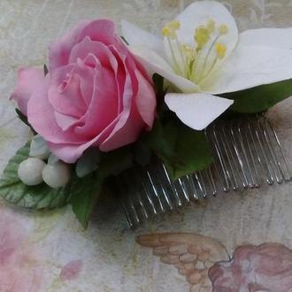 Гребешок с лилией и розой из фоамирана