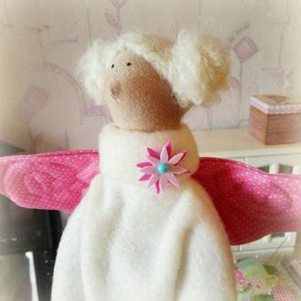 """Кукла тильда """"Ангел домашнего уюта"""""""
