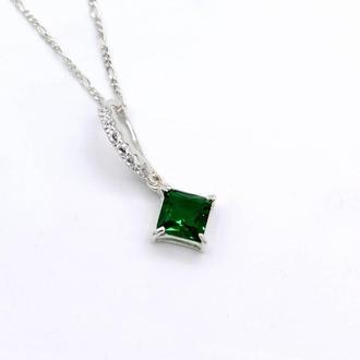 Серебряные кулон Сириус с зеленым камнем