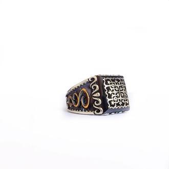 Перстень печатка с орнаментом гравировкой ручной работы из серебра 925 пробы