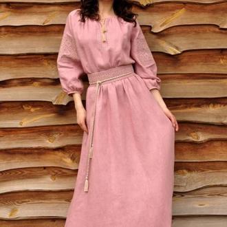 Льняное платье с вышивкой П16/7-276