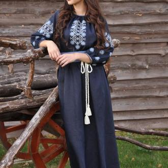 Женское платье с вышивкой П16/10-293