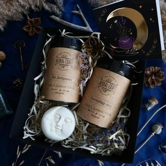 Подарунковий набір (2 баночки чаю, свічка Місяць та Сонце, листівка)