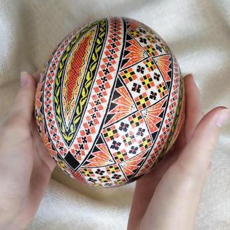 Писанка на страусином яйце «Гуцульская»