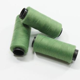 Нитки для шитья зеленые 250 м