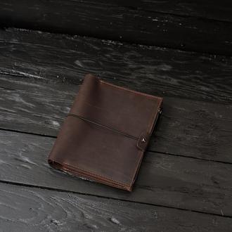 Блокнот в кожаной обложке