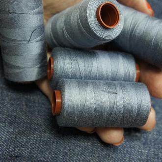 Нитки для джинса или толстых тканей 150 м