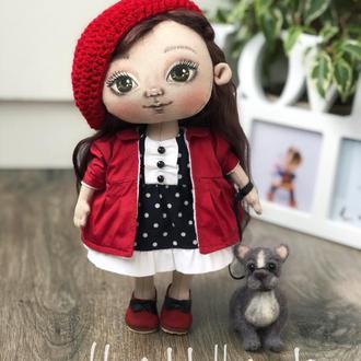 Игровая куколка с нарисованным личиком