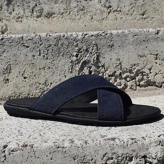 Шльопанці літнє взуття