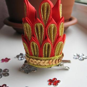 Корона из атласной ленты на заколке