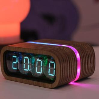 Nixie Clock Часы на индикаторах ИВ-22