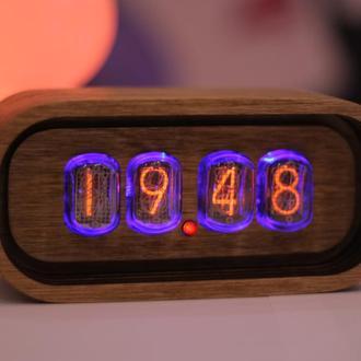 Nixie Clock Часы на газоразрядных индикаторах ИН-12