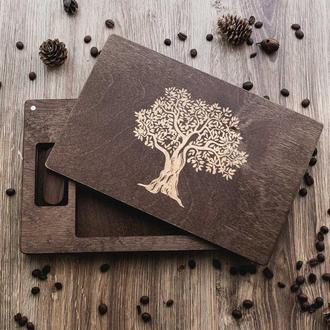 Коробка из дерева для фото  13х15 см с гравировкой и флешкой из дерева