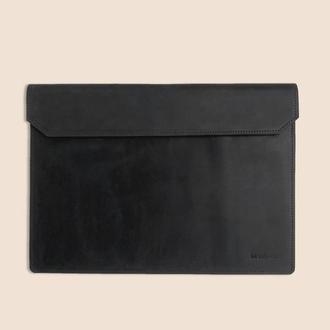 Кожаный чехол для ноутбука MacBook черного цвета