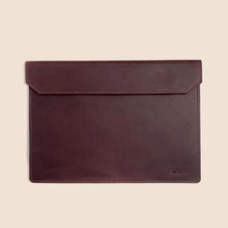 Кожаный чехол для ноутбука MacBook бордового цвета