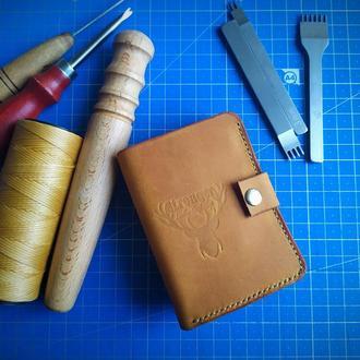 Кожаный компактный трифолд кошелёк с монетницей ручная работа