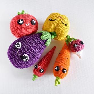 Вязаные овощи ,набор из 6 овощей (паприка,чили перец, морковь, баклажан,помидор,морковь)