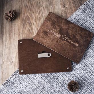 Деревянная коробочка на магнитах + флешка (4,8,16,32,64 гб) с гравировкой подписи или логотипа